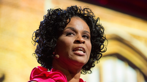 Linda Cliatt-Wayman on the TED stage.